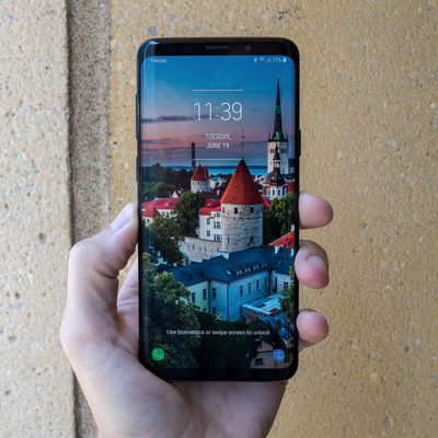 Get your hands on an unlocked Samsung Galaxy S9 with $100 off